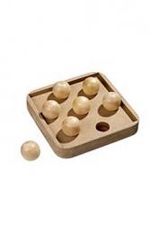 Interaktivní hračka pro kočky Boccia Game 19x19 cm